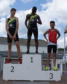 Loic 3eme au 100m haies